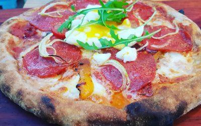 Elke zaterdag verse pizza's op Stadscamping Tilburg